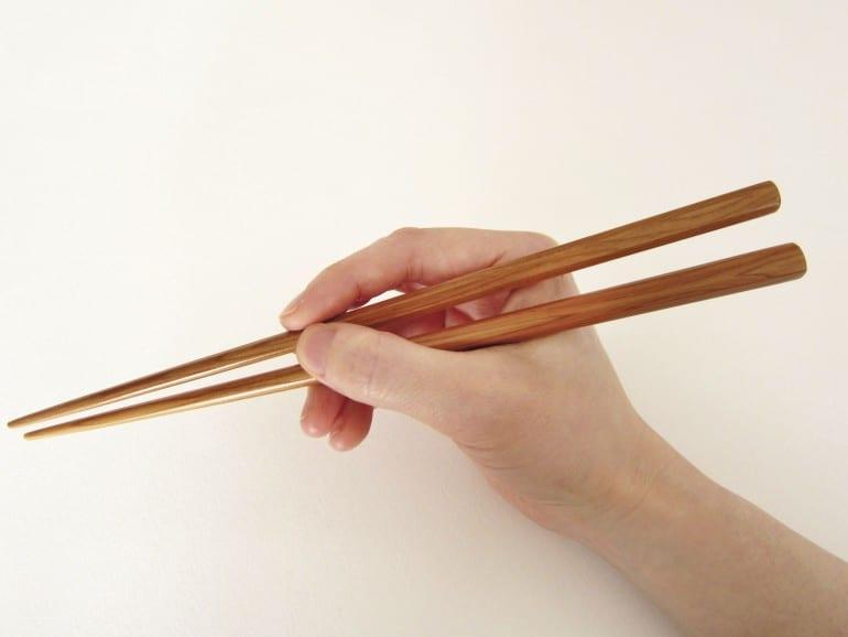 hand-&-chopsticks_web