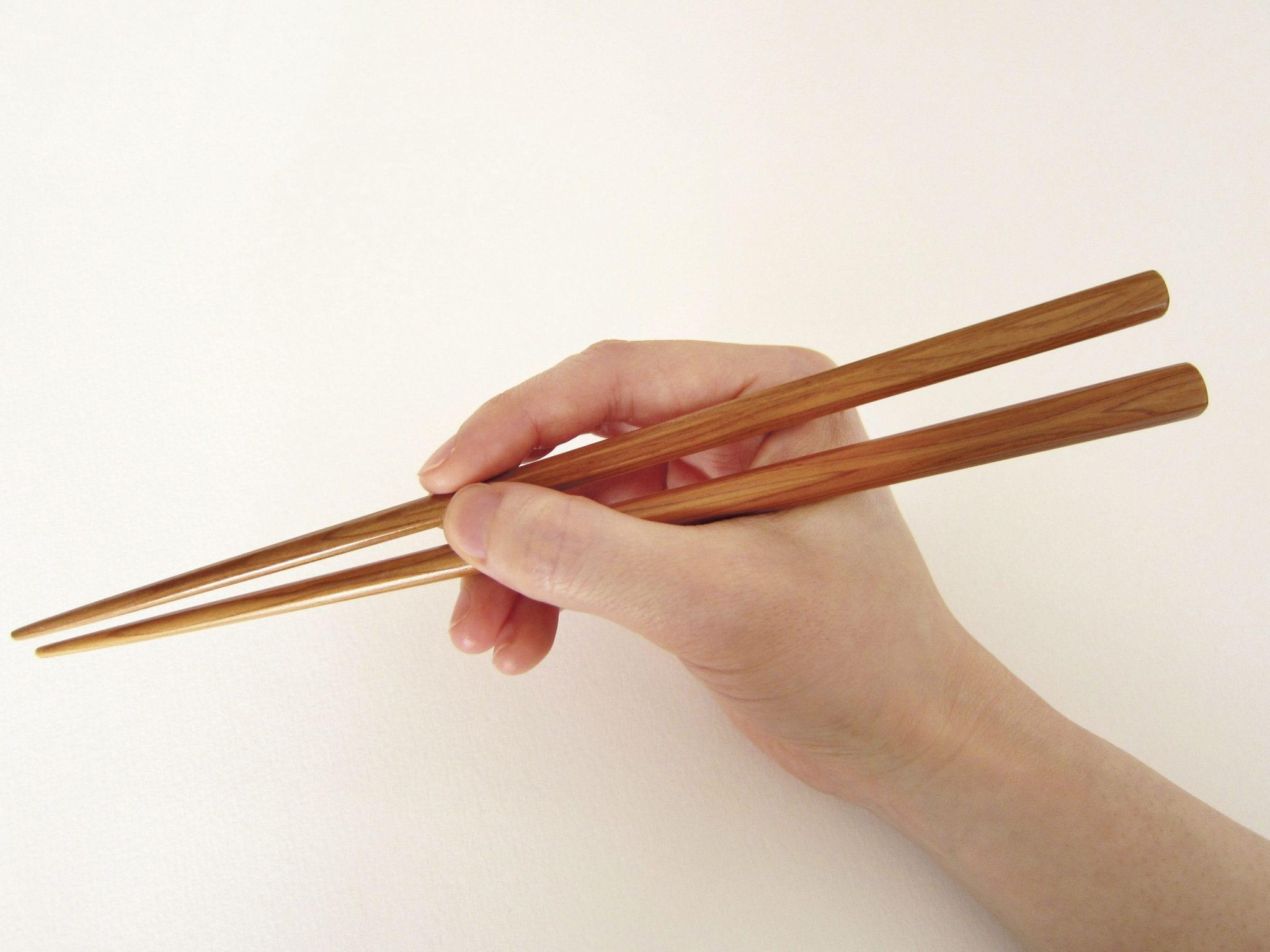 Картинка о палочках