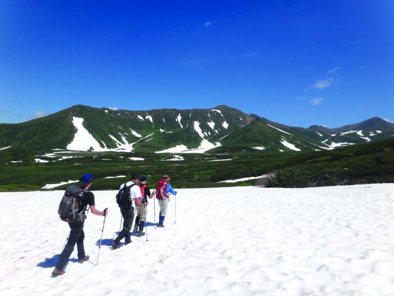 Walk Japan Hokkaido_Hike_Walk_from_Asahidake_Ropeway_to_Aizankei_Onsen_02